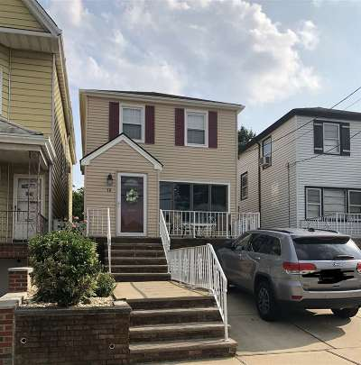 Bayonne Single Family Home For Sale: 18 West 6th St