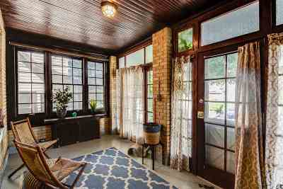 West New York Single Family Home For Sale: 6108 Monitor Pl