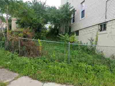 North Bergen Residential Lots & Land For Sale: 912 Tonnelle Ave