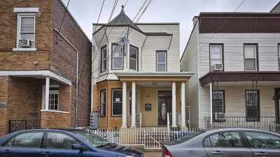 Union City Multi Family Home For Sale: 406 42nd St