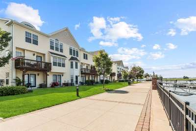 Bayonne Condo/Townhouse For Sale: 23 Maritime Way #TH