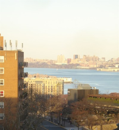 West New York Condo/Townhouse For Sale: 6515 Blvd East #8E