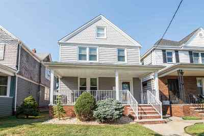 Bayonne Single Family Home For Sale: 71 West 5th St