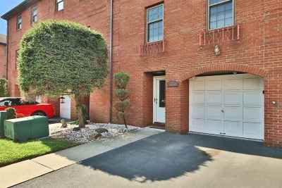 North Bergen Condo/Townhouse For Sale: 3667 Meadow Lane