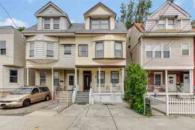 Jersey City Single Family Home For Sale: 261 Arlington Ave