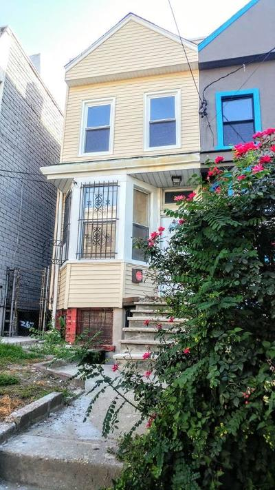Jersey City Single Family Home For Sale: 269 Forrest St