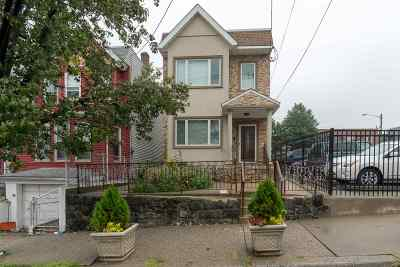 North Bergen Single Family Home For Sale: 1136 51st St