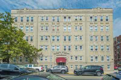 Weehawken Condo/Townhouse For Sale: 875 Blvd East #37