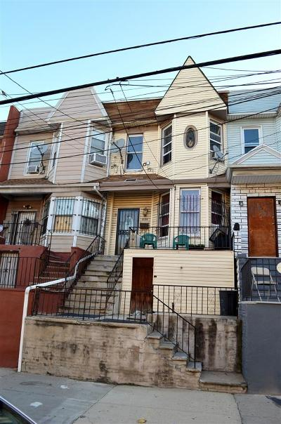 Jersey City Single Family Home For Sale: 152 Lexington Ave