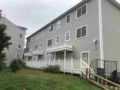 North Bergen Condo/Townhouse For Sale: 1207 46th St #3
