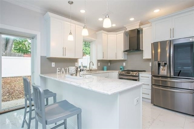 Jersey City Condo/Townhouse For Sale: 120 Charles St #1