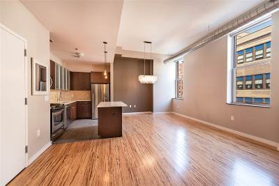 Jersey City Condo/Townhouse For Sale: 232 Pavonia Ave #409