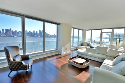 Weehawken Condo/Townhouse For Sale: 1000 Avenue At Port Imperial
