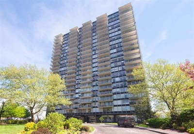West New York Condo/Townhouse For Sale: 6050 Blvd East #16C