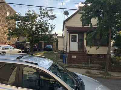 Jersey City Single Family Home For Sale: 301 Lembeck Ave
