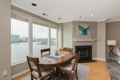 Weehawken Condo/Townhouse For Sale: 600 Harbor Blvd #940