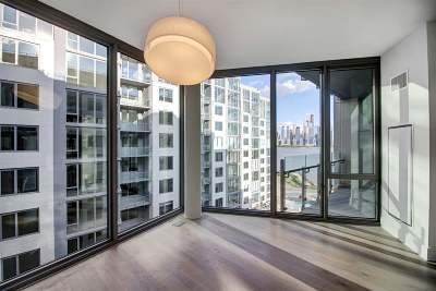 West New York Condo/Townhouse For Sale: 9 Avenue At Port Imperial #914