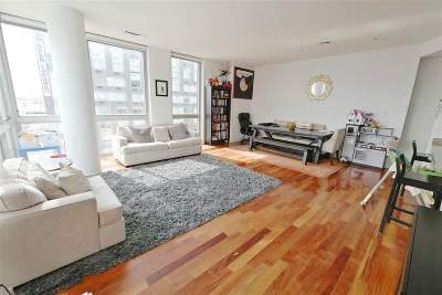 Jersey City Condo/Townhouse For Sale: 201 Luis M Marin Blvd #811
