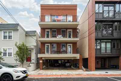 Union City Condo/Townhouse For Sale: 512 2nd St #4B
