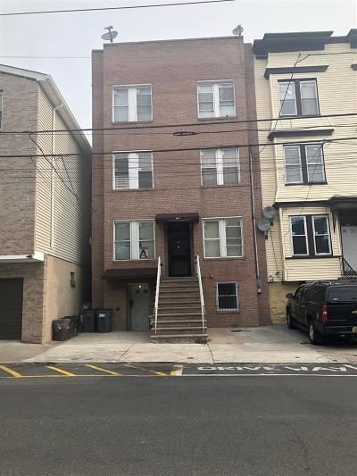 Union City Condo/Townhouse For Sale: 616 10th St