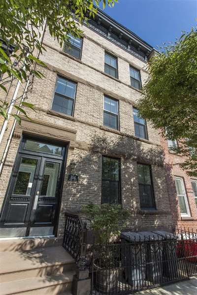Weehawken Multi Family Home For Sale: 104 Maple St