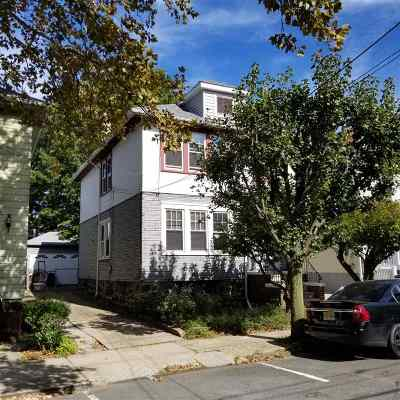 North Bergen Single Family Home For Sale: 908 87th St