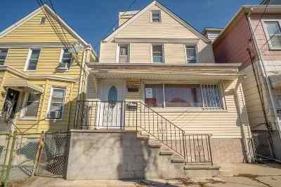North Bergen Single Family Home For Sale: 1504 46th St