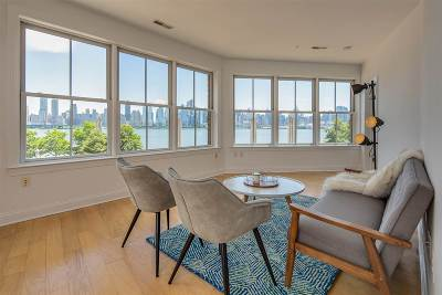 West New York Condo/Townhouse For Sale: 22 Avenue At Port Imperial #202
