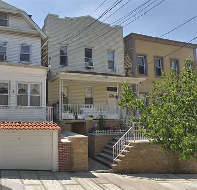 Union City Multi Family Home For Sale: 619 38th St