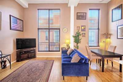Weehawken Condo/Townhouse For Sale: 518 Gregory Ave #A424