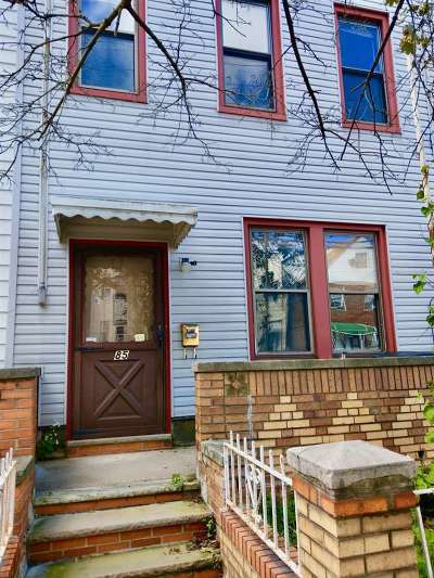 Jersey City Single Family Home For Sale: 85 Lincoln St