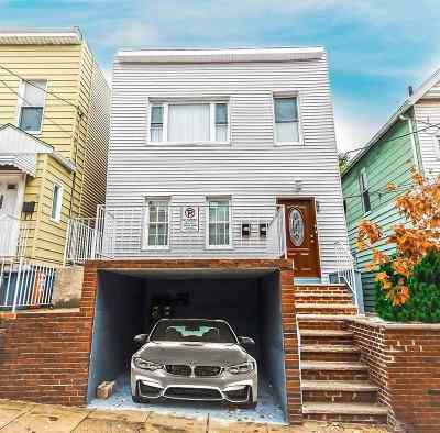 Union City Multi Family Home For Sale: 615 38th St