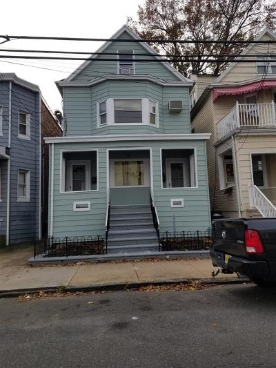 Bayonne Single Family Home For Sale: 78 27th St