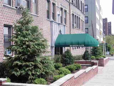 West New York Condo/Townhouse For Sale: 6215 Blvd East #1GN