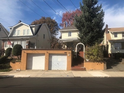 Cliffside Park Single Family Home For Sale: 439 Palisade Ave