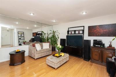 Union City Condo/Townhouse For Sale: 100 Manhattan Ave #104