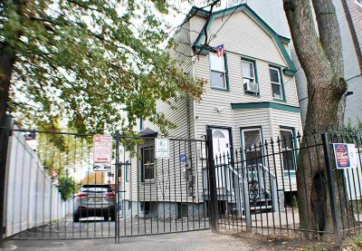 Jersey City Single Family Home For Sale: 175 Bergen Ave