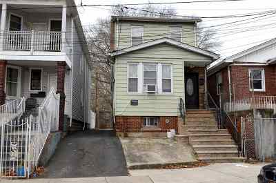 Jersey City Single Family Home For Sale: 11 Eastern Parkway