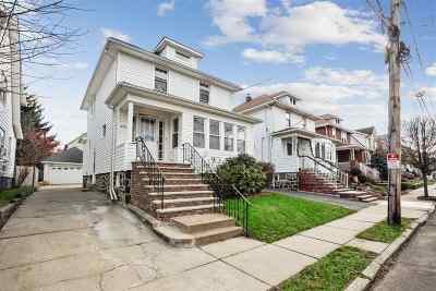 Cliffside Park Single Family Home For Sale: 576 Oregon Ave