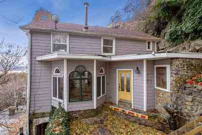 Edgewater Single Family Home For Sale: 8 Old Wood Rd