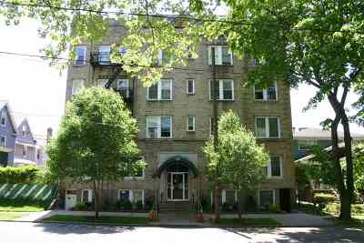 Bayonne Condo/Townhouse For Sale: 120 West 39th St #A2