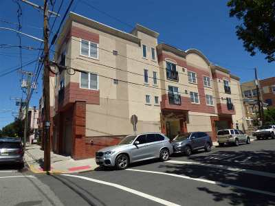 West New York Condo/Townhouse For Sale: 320 62nd St #202