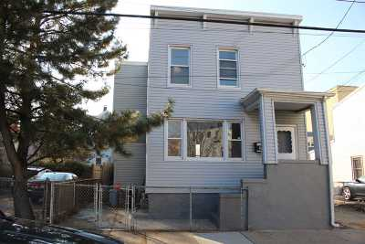 Jersey City Single Family Home For Sale: 181 Lembeck Ave