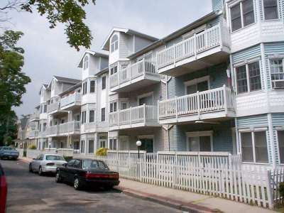 North Bergen Condo/Townhouse For Sale: 4508 Smith Ave #9