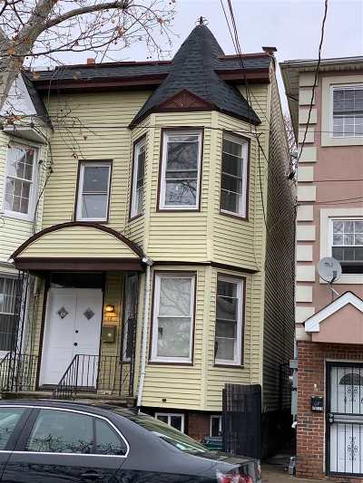 Jersey City Single Family Home For Sale: 48 Armstrong Ave