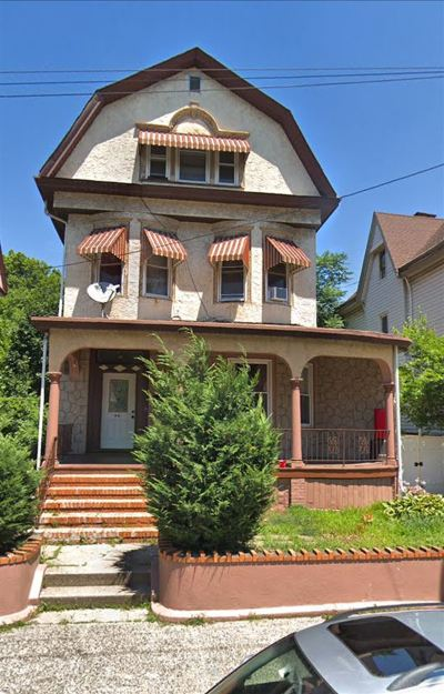 Jersey City Single Family Home For Sale: 94 Lembeck Ave