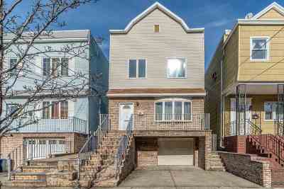 Bayonne Single Family Home For Sale: 89 West 3rd St