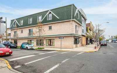 Bayonne Condo/Townhouse For Sale: 877 Broadway #2