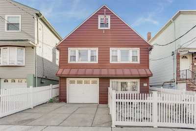 North Bergen Single Family Home For Sale: 604 Liberty Ave