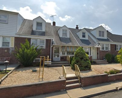 Bayonne Single Family Home For Sale: 46 Parkside Lane